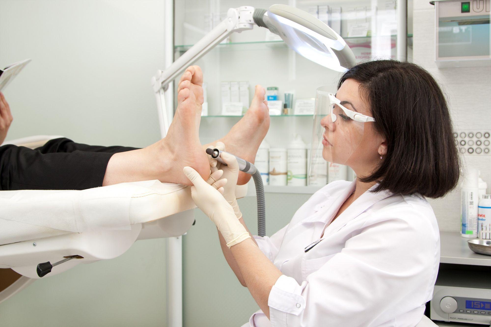 Медицинское оборудование для поликлиника